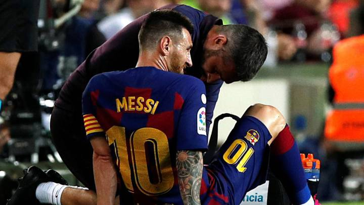 Messi gets two-match ban
