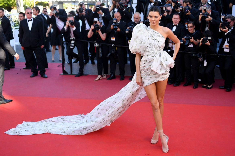 Kendall Jenner makes fashion faux pas stylish