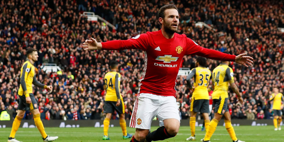 Manchester United yet to decide on Juan Mata's future
