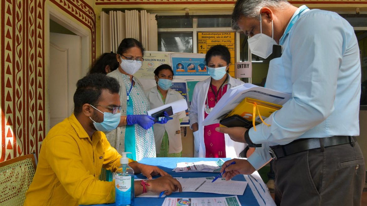 India: Teacher speed up vaccinations as some physical classes resume