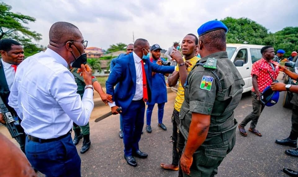 Lagos: Sanwo-Olu arrests suspected traffic robbers