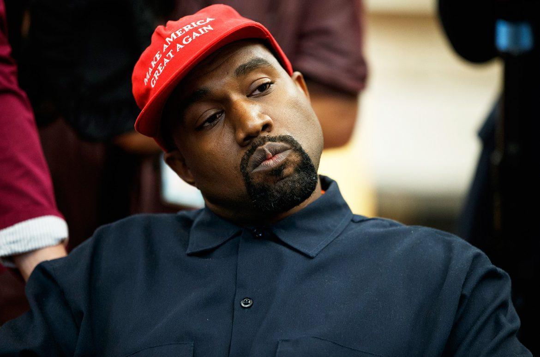 Kanye West  to change full name to 'Ye'