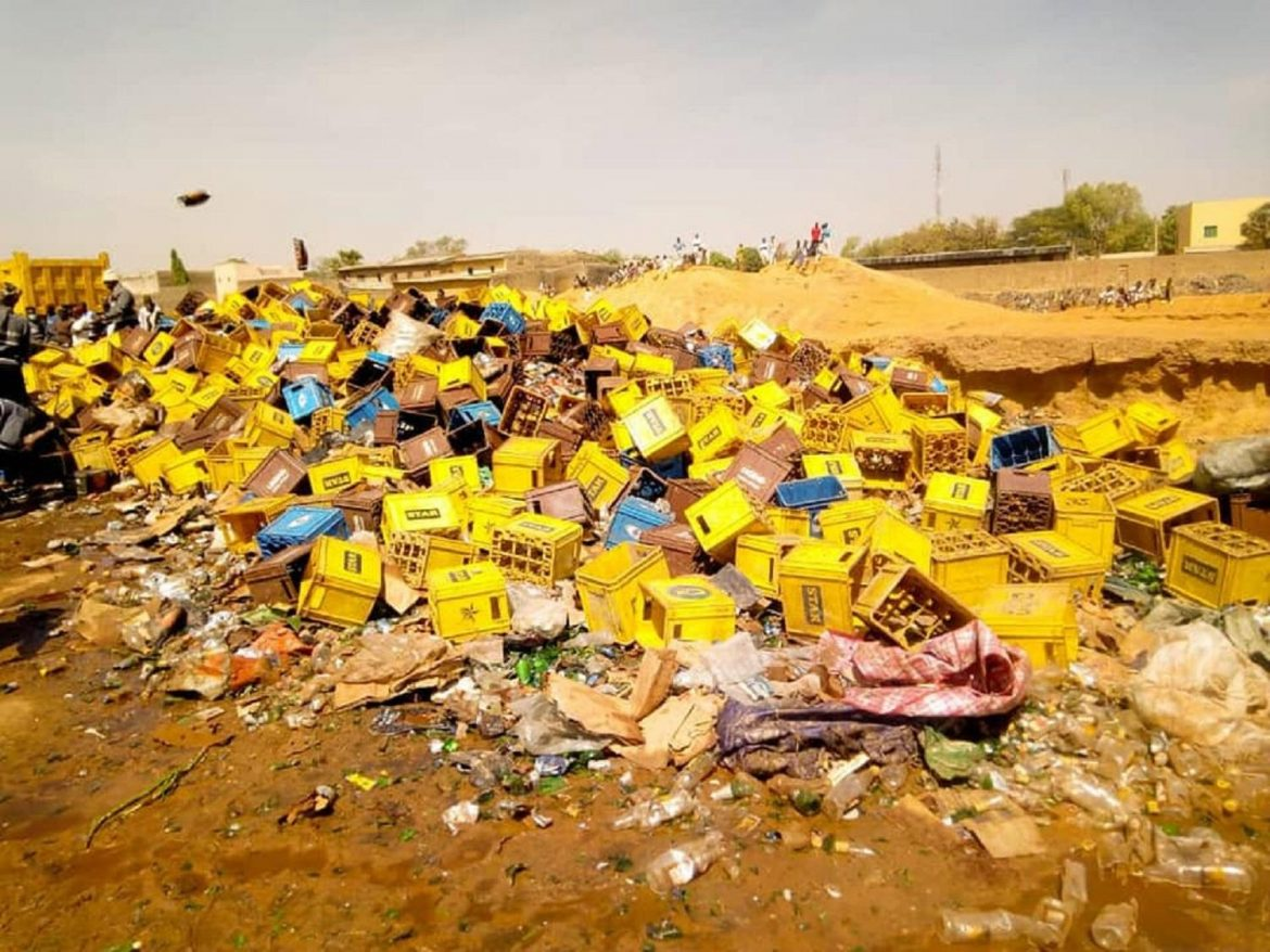 Kano: Two vehicles loaded with 5,760 cartons of beer intercepts by Hisbah