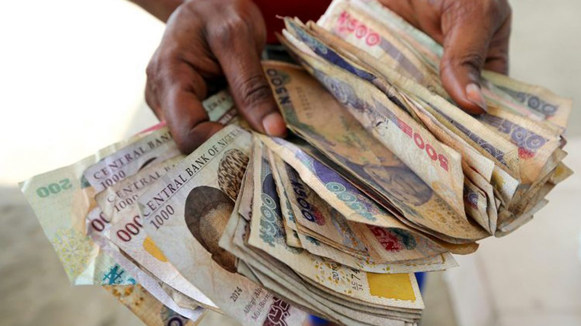 Naira crashes to record low at the official market